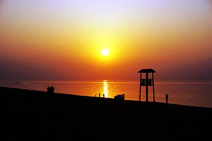 莱州湾.朝阳